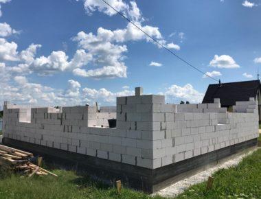 Возведение первого этажа из газобетона село Бужаниново