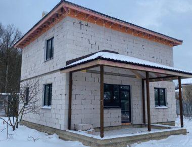 Дворовой фасад законченного дома в Лукошкино
