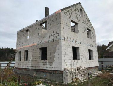 Законченный дом из газобетона в деревне Чиверево