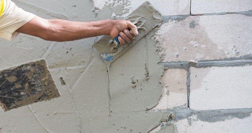 Можно ли штукатурить газобетонные стены?